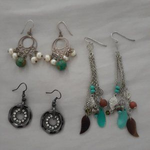 3 pairs of earrings for 20$!